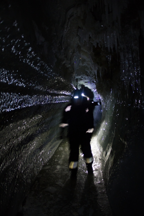 Svalbard_scott_turnerbreen_cave1