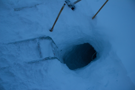 Svalbard_scott_turnerbreen_cave_entrance2