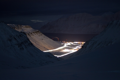 Svalbard_Larsbreen_caves_part_1_Longyearbyen_at_night