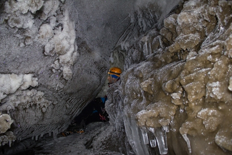 Svalbard_Larsbreen_caves_part_2_Andi_end2