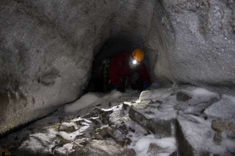 Svalbard_Larsbreen_caves_part_2_Andi_Rchannel