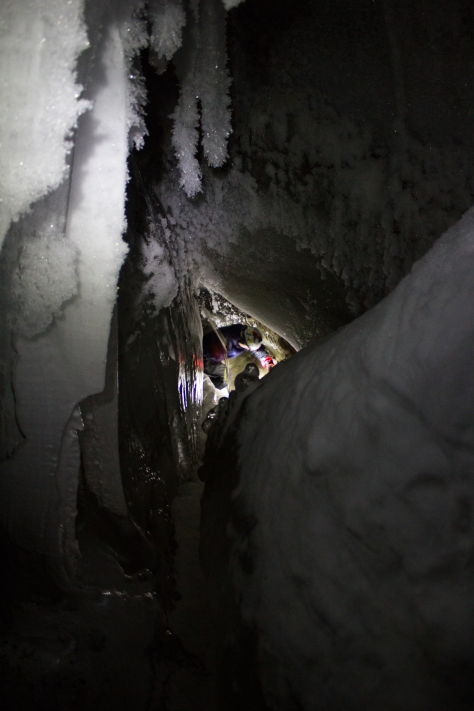 Svalbard_Larsbreen_caves_part_2_Frank_ice_eye