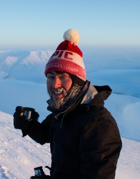 Svalbard_trollsteinen_summit_Ollie