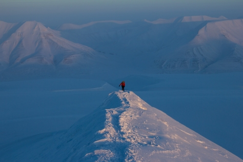 Svalbard_trollsteinen_summit_ridge