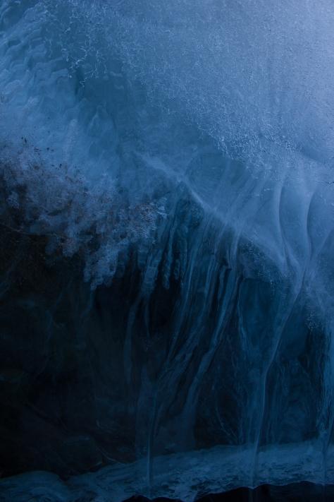 Svalbard_larsbreen_ice_exposure_1
