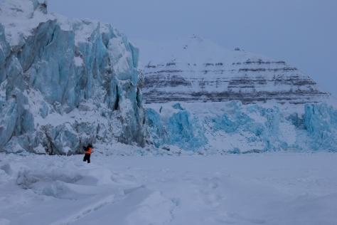 Svalbard_Tunabreen_Calving_front_Nick