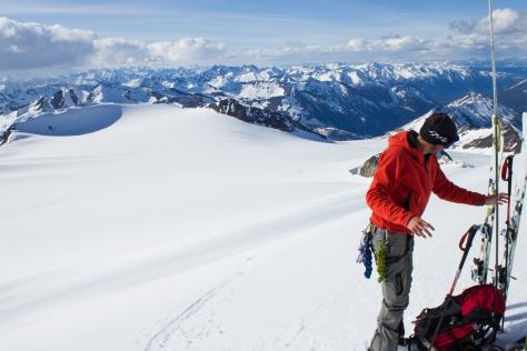 cg_spring_2016_Mt_Conrad_summit_Ben_skis